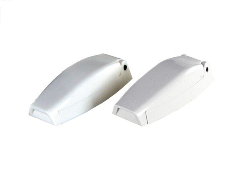 JR Products Baggage Door Catches - Pair