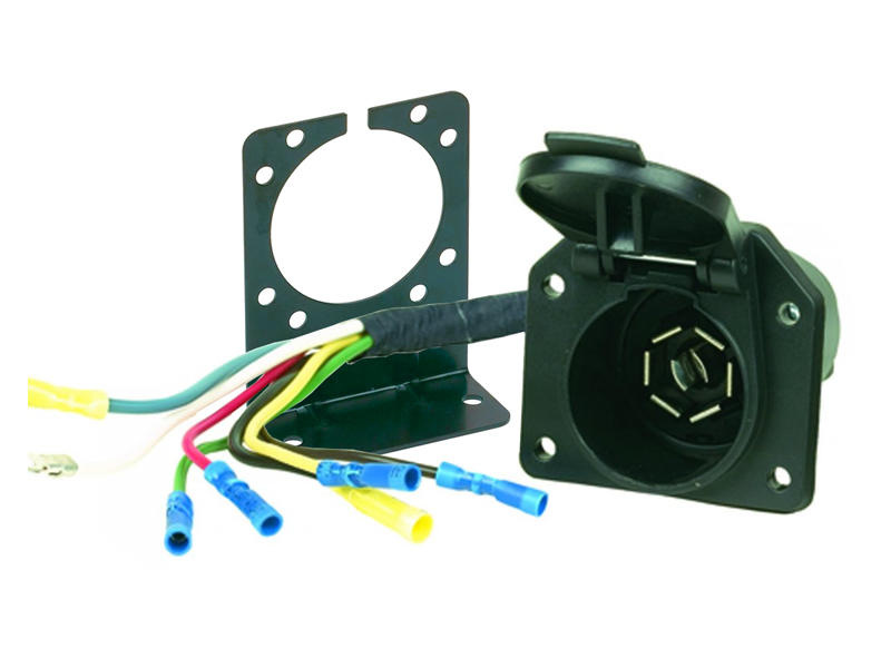 7-Way RV-Style Socket and Harness